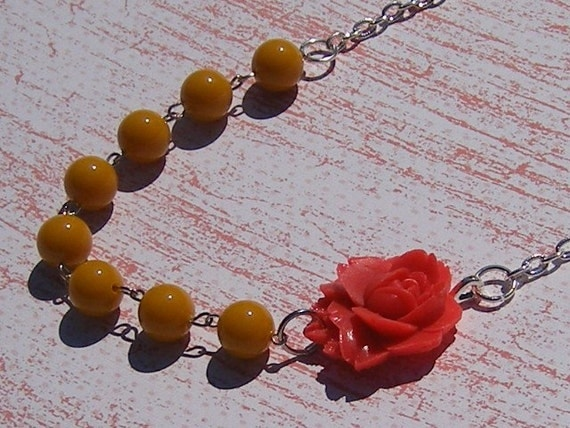 Bloom Necklace in Mustard and Coral