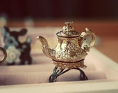 Royal Mad Hatter Teapot ring