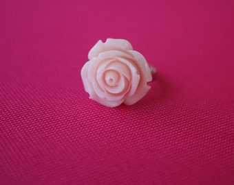 Peach rose flower ring