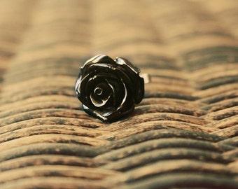 Midnight rose flower ring