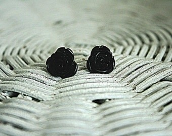 Midnight rose earrings