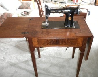 Vintage Singer 101 Sewing Machine and Cabinet No shipping