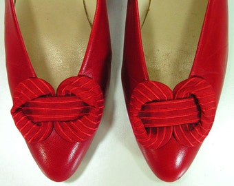 red bow pumps shoes womens 6.5 m b bandolino italian heels 1970's vintage retro