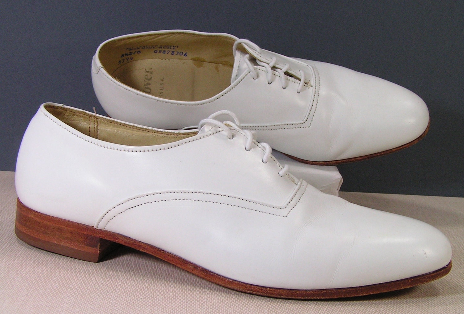 white dress shoes mens 8 5 d leather vintage 1980s oxford