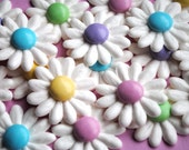 Easter Cake Decorations- Royal Icing Daisies w/ Pastel Milk Chocolate Candy Center (12)