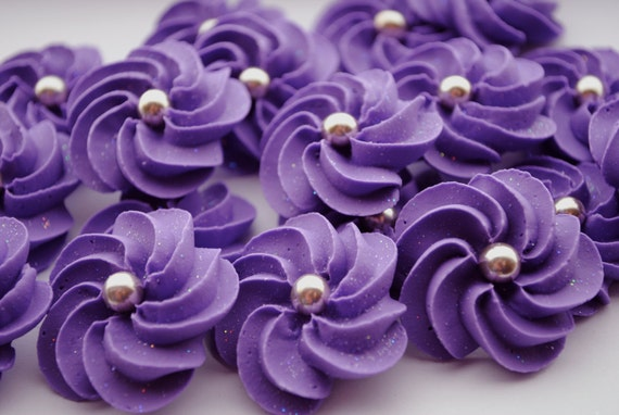 Sparkling Purple Royal Icing Flowers- Modern style with Silver dragee center (24)