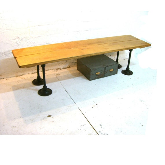 vintage locker room bench industrial entry bench or banquette. Black Bedroom Furniture Sets. Home Design Ideas