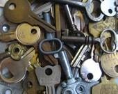 Vintage Keys (12) skeleton keys, truck keys, safe keys, trunk keys, house keys, lock keys, car keys