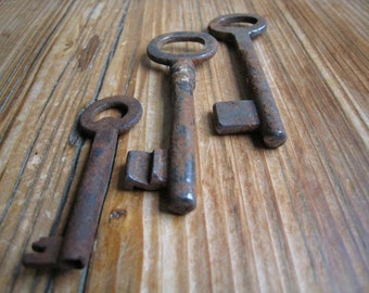 The key to my heart .... old antique rusty keys x 3 . No. 53 embellishment, collectable, vintage rustic
