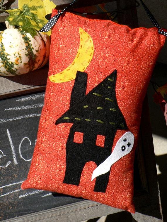 25% OFF SALE Stuffed Haunted House with Ghost Door Hanger
