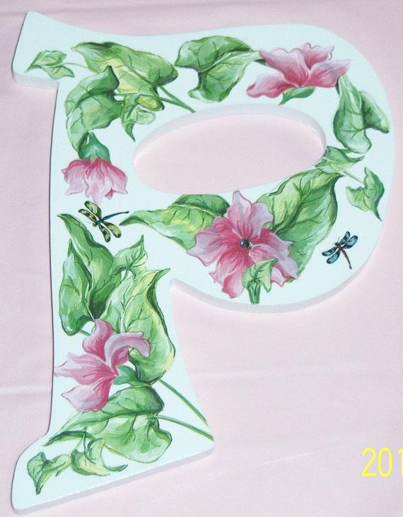 Pink vine wood P initial