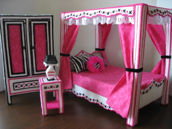 monster high inspired bedroom by graciesdesign on etsy. Black Bedroom Furniture Sets. Home Design Ideas
