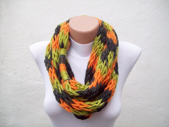 Finger Knitting Scarf : Finger knitting scarf green orange black multicolor necklace