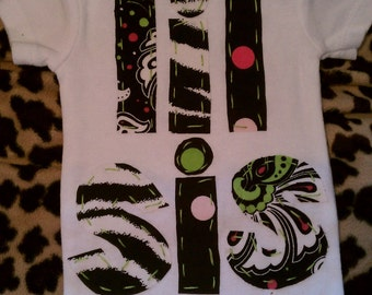 Zebra, green and pink Lil Sis shirt......pair it with our Big sis/Big Bro shirts