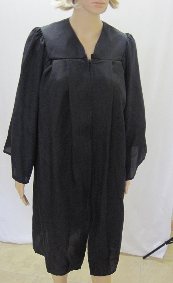 """GRADUATION ROBE BLACK Vintage Graduate or Costume Unisex 5' to 5'2"""""""