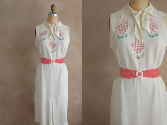 Vintage 1950's Hand Embroidered Dress - Small