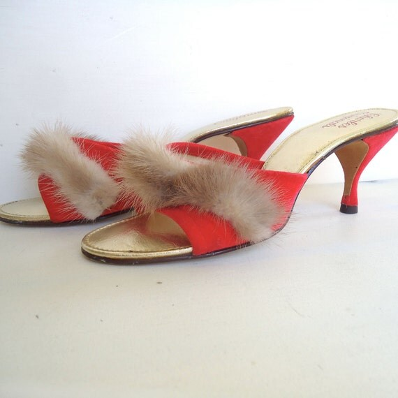 burlesque peep toe shoes - red velvet trimmed with mink