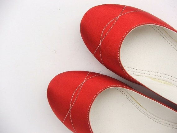 ECO FRIENDLY VEGAN SATIN  FLAT  SHOES WITH SIZE FROM US 5  TO 11.5