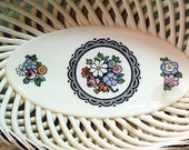 Vintage jewelry dish, porcelain string bowl basketweave Victorian era Max Roesler, black and white floral design French Chic Cottage, Shabby