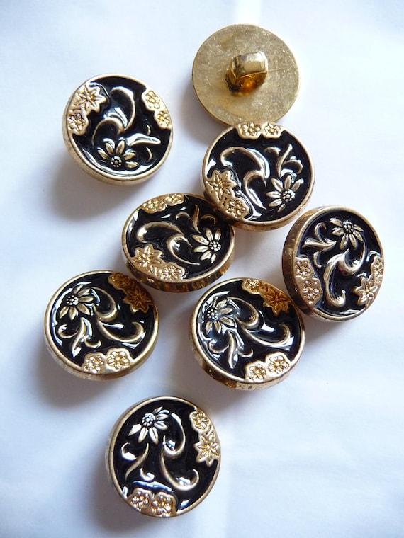 DY161B - Set Of 8 pcs Japanese Flower Design Vintage Buttons
