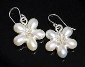 Grade AA-AAA freshwater pearls flower earrings sterling silver