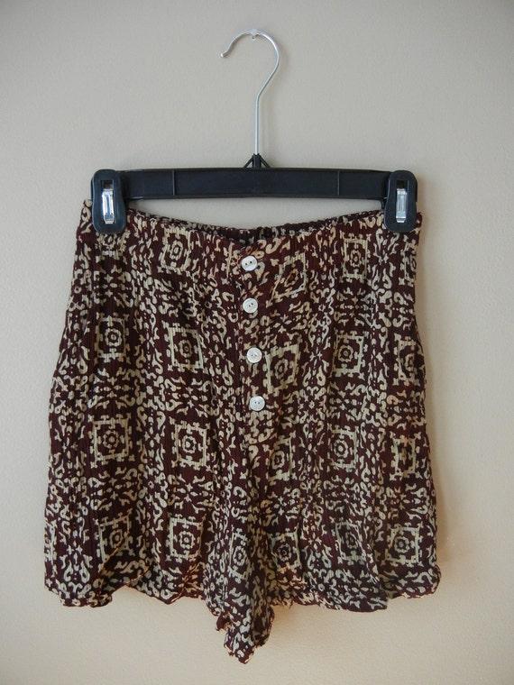 Bohemian 90's High Waisted Shorts, Size XS, Small