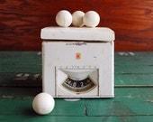 Vintage Detecto Kitchen Scale, Sturdy Midcentury Design, 1950s White Kitchen Scale