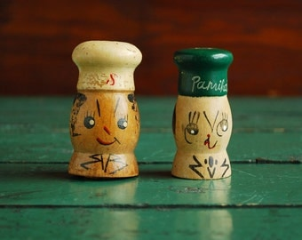 Vintage Salt and Paprika Set, Salt and Pepper Set, Chef Characters Made in Japan
