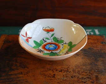 Japanese Lustreware, Orange and White With Painted Hibiscus and Windmill