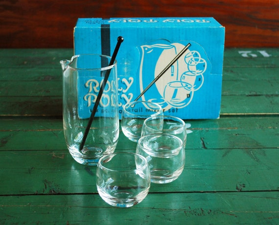Roly Poly Cocktail Set, Vintage Barware Mixer and 4 Glasses in Original Box, Mad Men Era