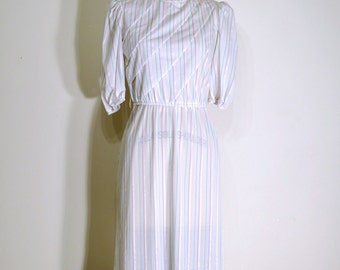 SALE Vintage 1970s Dress - 70s Day Dress - White and Aqua Striped