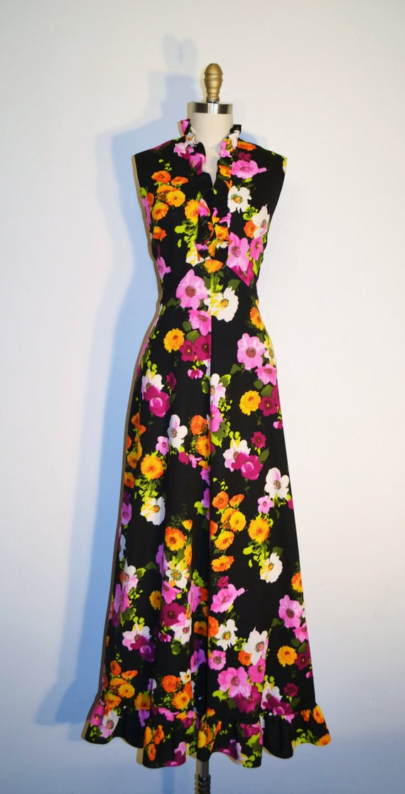 Vintage 1970s Dress - 70s Maxi Dress - Black and Pink Floral Print