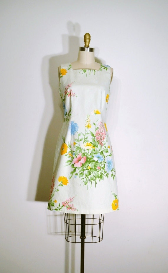 Vintage 1970s Dress - 70 Sun Dress - White and Yellow Floral Print