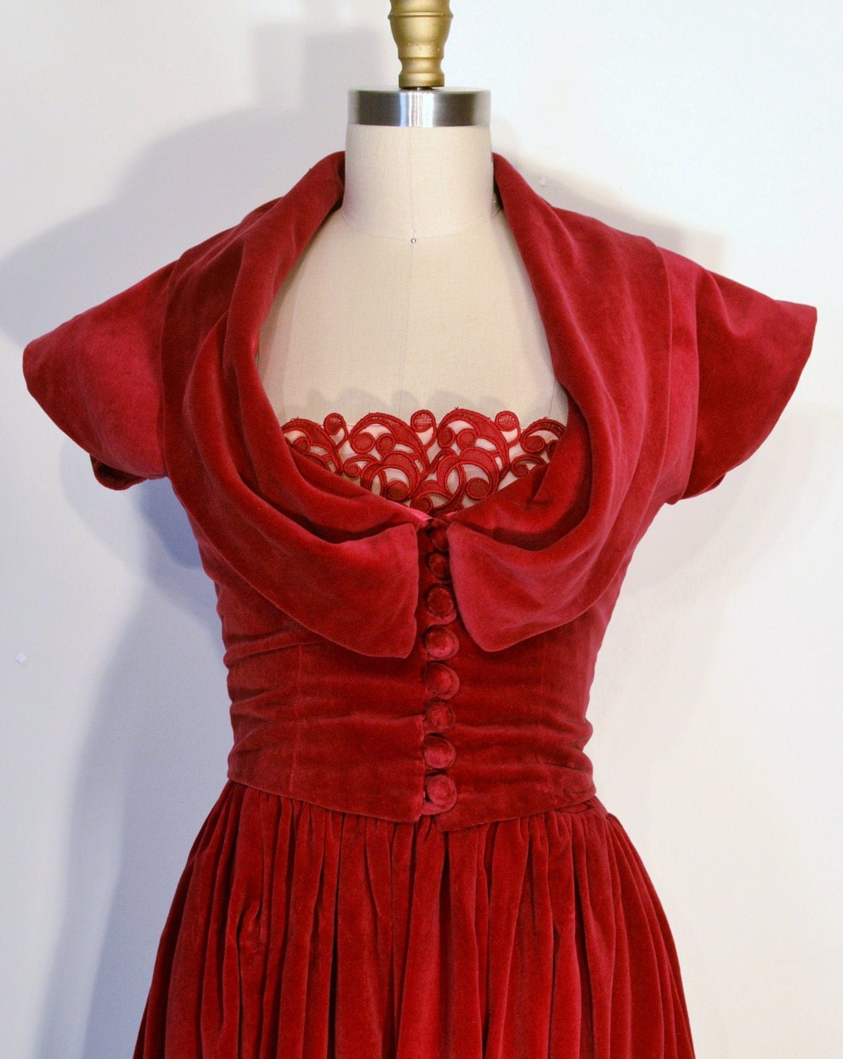 40 Prom Makeup Ideas To Have All Eyes On You: Vintage 1940s Dress 40s Evening Gown Cranberry Red