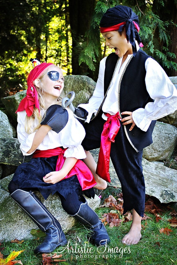 Child Pirate Pirates Girl Halloween Costume sizes 2 - 5