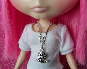 necklace for Blythe Barbie doll silver chain with tree shaped etched pendant B101