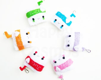 Juice Pouch Keychain - Food Keychain, Kawaii Keychain, Felt Food, Key Ring, Cell Phone Charm, Party Favors, Stocking Stuffer