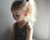 Winter fashion Mini Bow Hair Clips in Cloud Gray. Hair Bow in Gray. little girl hair clips . bow . girls hair bow . gray bow .