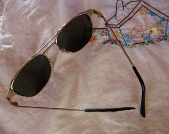 perry ellis sunglasses