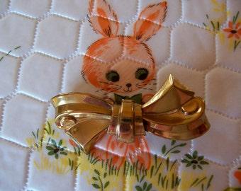 coro gold tone bow brooch