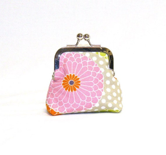 Happy Little Coin Pouch.  A nickel-free kisslock frame paired with a mum print floral fabric in pink, green, orange, beige and white