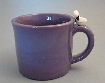 Purple mug with swan