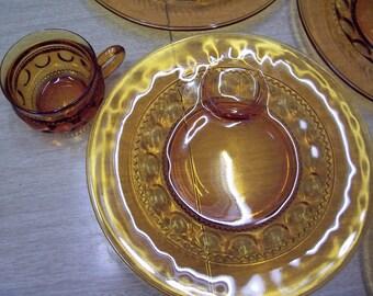 Vintage Amber snack set
