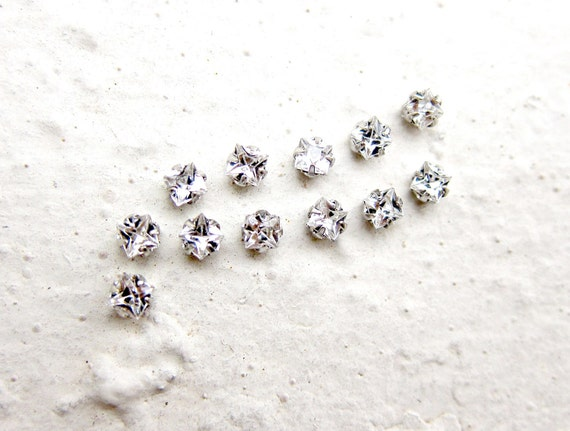 100 Rose Montees Square 3mm x 3mm Rhinestone Beads for Wedding Gown Jewelry Beaded Sash Shoes and Hair Accessories