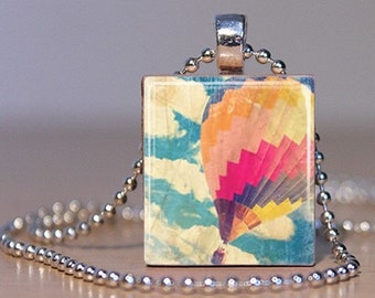 Vintage Colorful Hot Air Balloon Photo Pendant made from an Upcycled Scrabble Tile (252B6)
