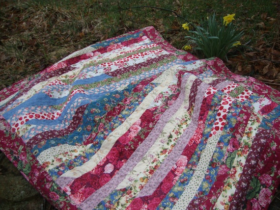 Lap Quilt Throw Strip Floral 58x73 inches Mary's Contrary Garden