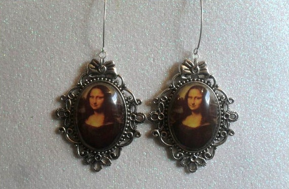 Mona Lisa, I'd Pay To See You Frown // Vintage Inspired Mona Lisa Cameo earrings