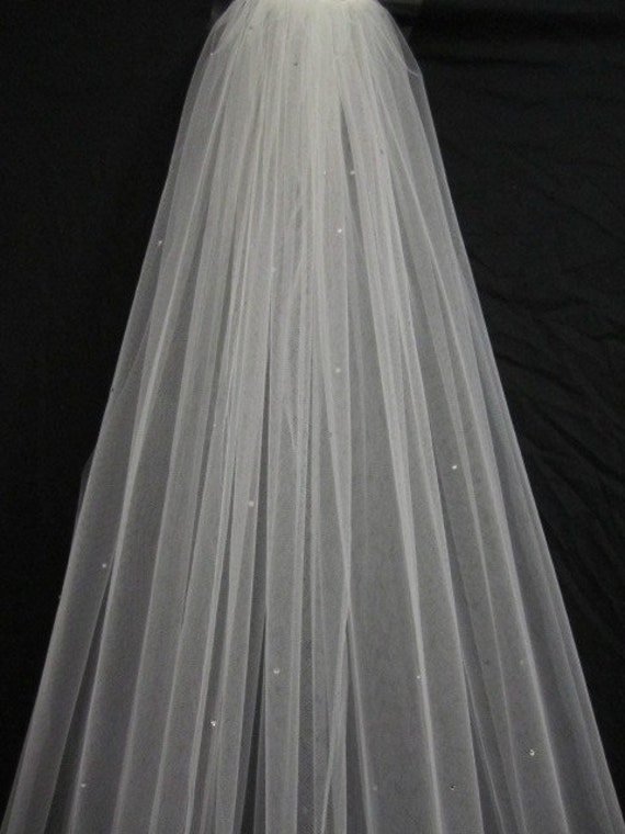 Items Similar To Single Tier Chapel Veil Bridal Wedding 90 Inches With Scattered Swarovski Crystals Rhinestones On Etsy