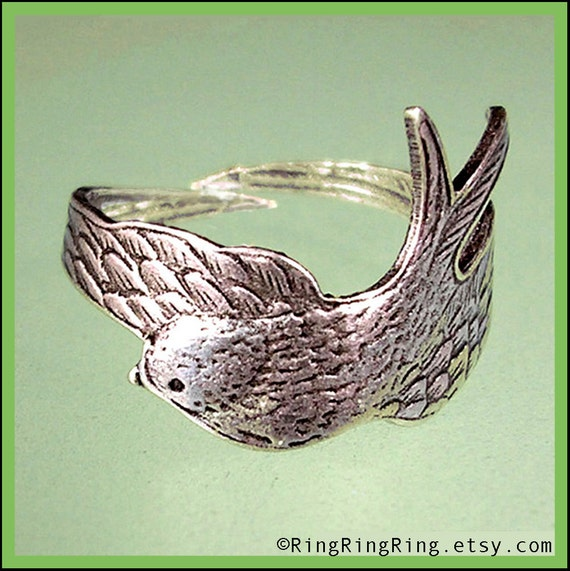 Bird Ring, Antiqued silver wing ring, Unique Adjustable jewelry, Gift for sister, girlfriend