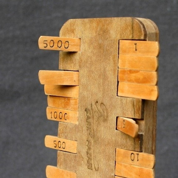 Pocket wood counter. Let's play cards vintage way.